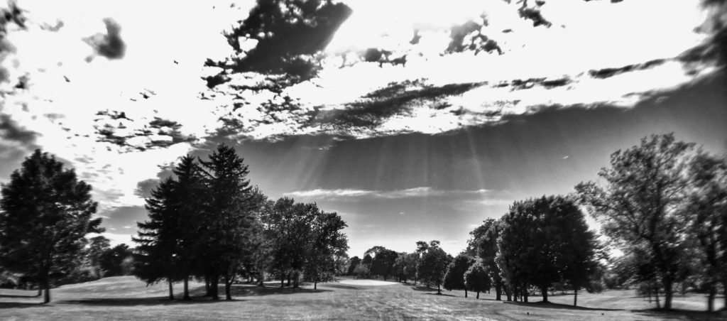 2016-07-12-Spring Valley Country Club-43017-Hole 17-Tee Shot