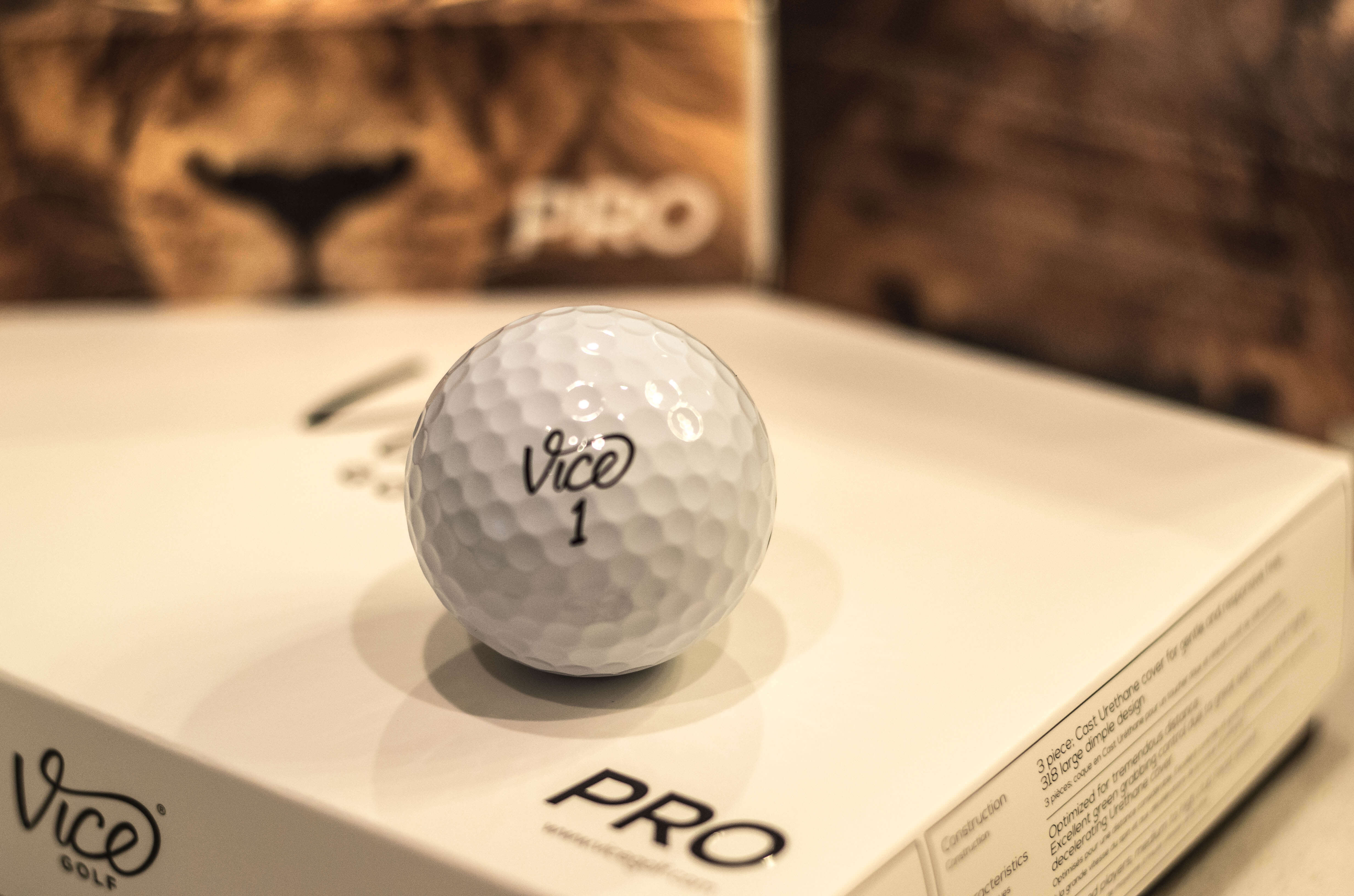 2016-08-09-Vice Golf Balls - Unboxing-300000